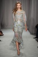Marchesa apuesta por la intensidad de los labios en la Semana de la Moda de Nueva York