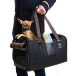 Los perros más sibaritas viajan con la colección Cloud 7 x Tumi