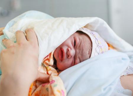 ¿Cuánto tiempo deberías estar en el hospital después de dar a luz?