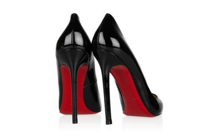 Claves de estilo para ir de shopping: un zapato negro para lucir siempre
