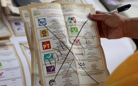 Luis Miguel, Zague y Goku, los otros candidatos de las elecciones 2018 en México