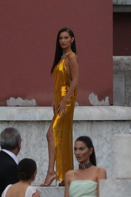 bella hadid dorado look