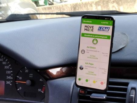 Sin WhatsApp ni llamadas al volante: las autoescuelas impulsan el 'modo coche' con esta nueva app para el móvil