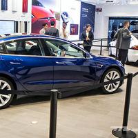 Tesla cae en bolsa casi un 13 % tras anunciar el despido de más de 3.000 trabajadores