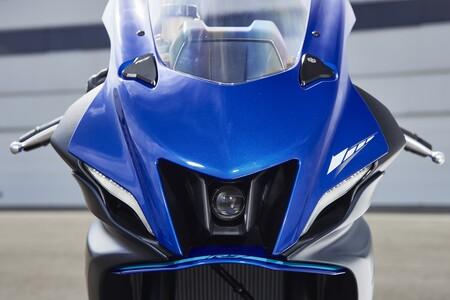 Yamaha R7 2022 057