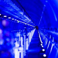 El láser más potente del mundo ya está inaugurado y promete ayudar a resolver misterios moleculares y astronómicos