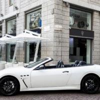 Casa Maserati, donde puedes desde tomar un café hasta probar un deportivo