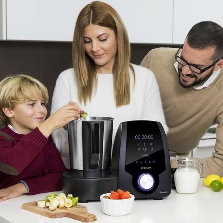 Si compras desde la app de eBay y usas un cupón, el robot de cocina Mambo Black de Cecotec está de oferta a 159,99 euros
