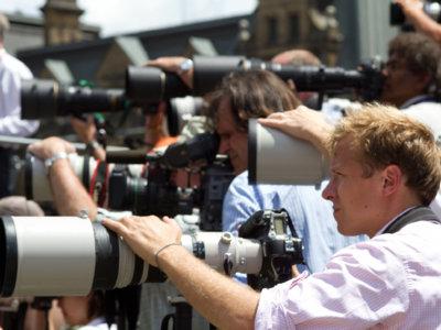 """A la """"caza"""" del famoso: ¿qué tecnología usan los paparazzi?"""