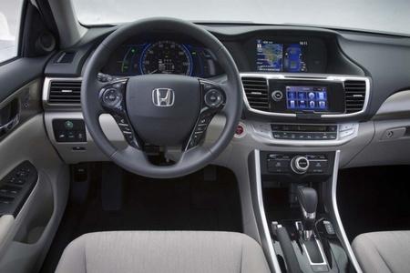 Honda Accord 2013 Híbrido 02