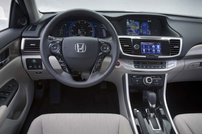 Honda Accord 2013 Híbrido 02
