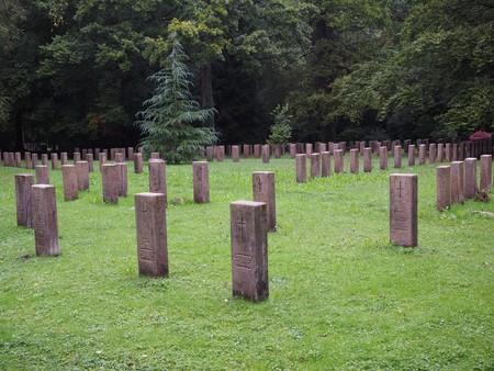 Grave Stones 694081 1920