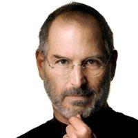 Steve Jobs deja su puesto de consejero delegado en Apple para presidir su junta directiva