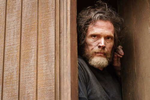 'Manhunt: UNABOMBER' es una fascinante mirada a la mente criminal con un brillante Paul Bettany