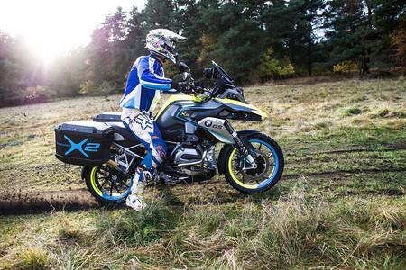 La doble tracción podría llegar a las motos de BMW con un motor eléctrico en la rueda delantera