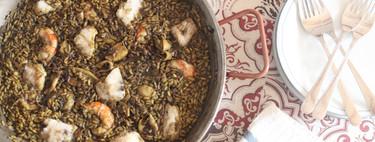 Arroz de chipirones, merluza y gambones, para llenar tu mesa de sabor y color el domingo
