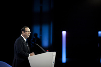 Francia sucumbe a los recortes tras erigirse como contrapeso de la austeridad