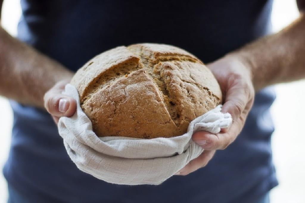 Hacer pan casero, la repentina obsesión de la España confinada: