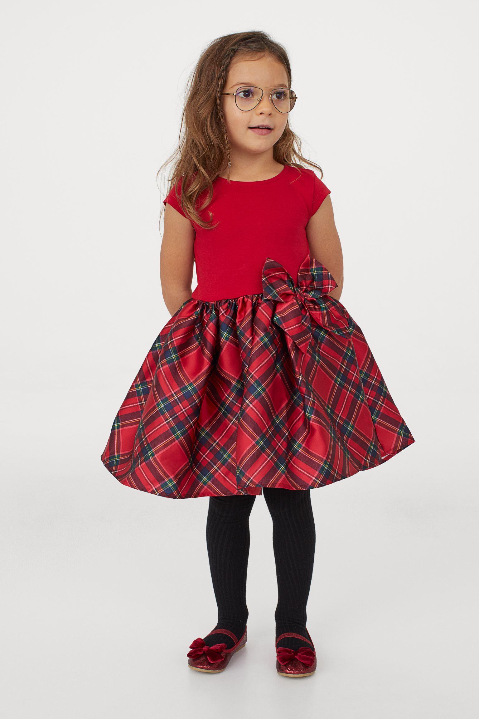 Vestido de fiesta rojo  con lazo
