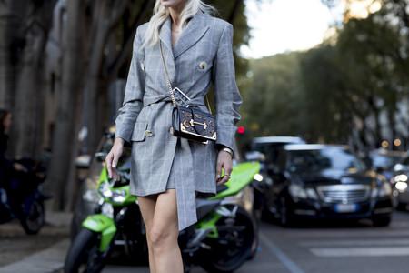 ¿Es un vestido? ¿Una chaqueta? ¡Es la última pieza de Zara (agotada) que triunfa en las Semanas de la Moda!