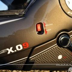 Foto 17 de 38 de la galería givi-x-09-prueba-del-casco-modular-convertible-a-jet en Motorpasion Moto
