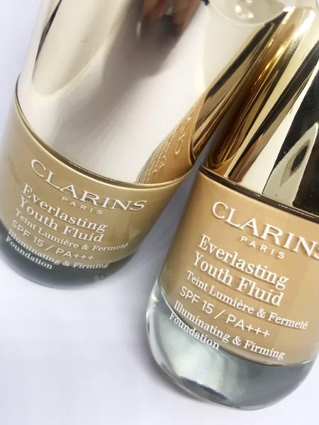 Probamos Everlasting Youth Fluid de Clarins, el nuevo maquillaje que sumamos a nuestro neceser de cara al otoño (y siempre)