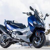 El SYM Maxsym TL ya está a la venta por 7.499 euros: un maxiscooter deportivo asequible en el jardín del Yamaha TMax