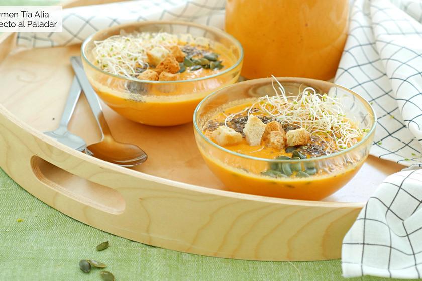 Gazpacho de zanahoria: receta de verano fresca y nutritiva con vídeo incluido