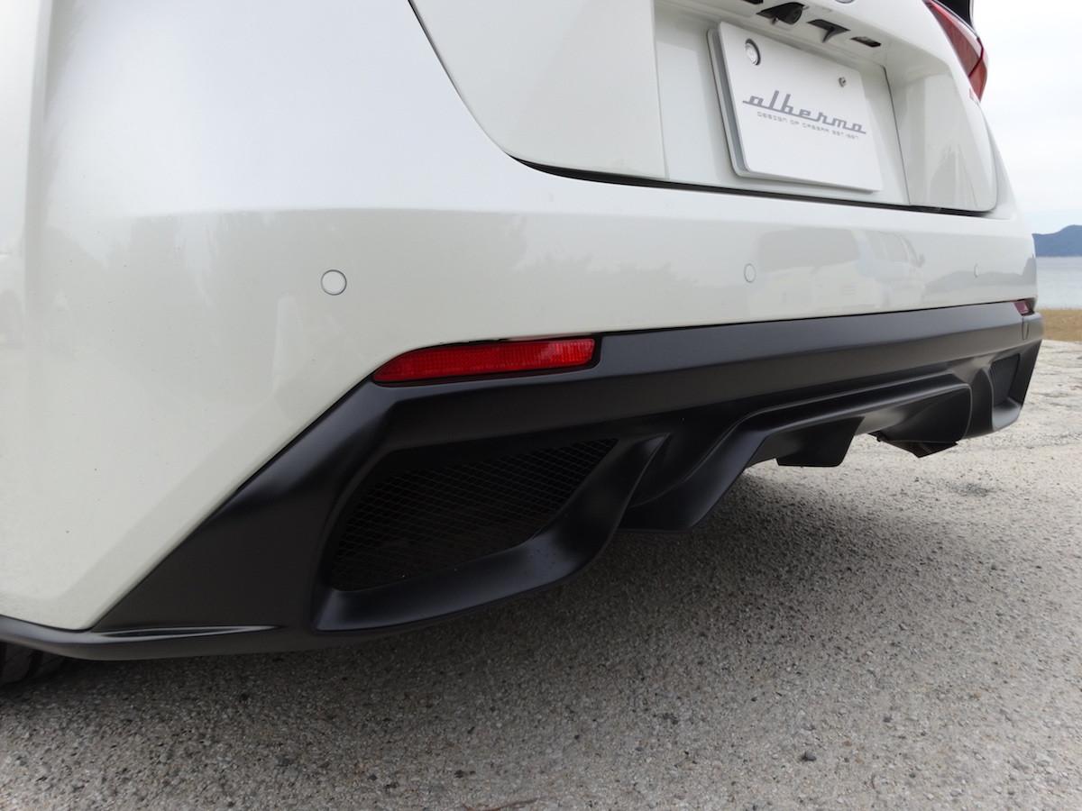 Foto de Toyota Prius convertido a Ferrari FF (24/33)