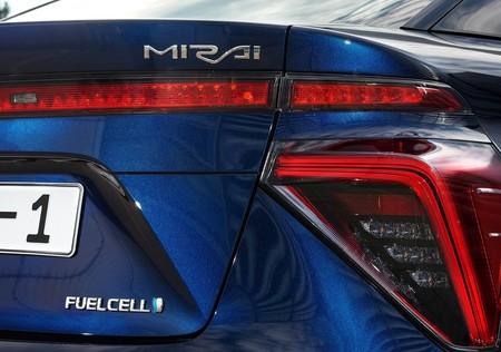 Toyota Mirai 2016 1600 74