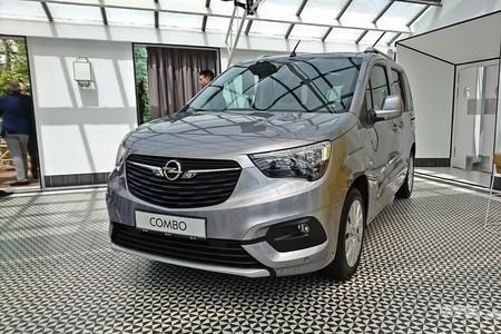 Opel Combo Life 2018 015