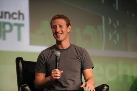 Zuckerberg: 'el futuro es que pensarás en algo y tus amigos lo podrán experimentar al instante'