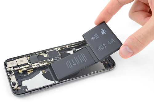 """Apple se alía con Best Buy para ofrecer reparaciones en casi 1.000 tiendas y """"aliviar"""" las tiendas oficiales"""