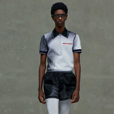 La influencia de Raf Simons se deja ver en la colección Primavera-Verano 2021 de Prada