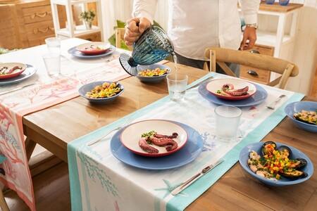 Camino de mesa con estampado marino