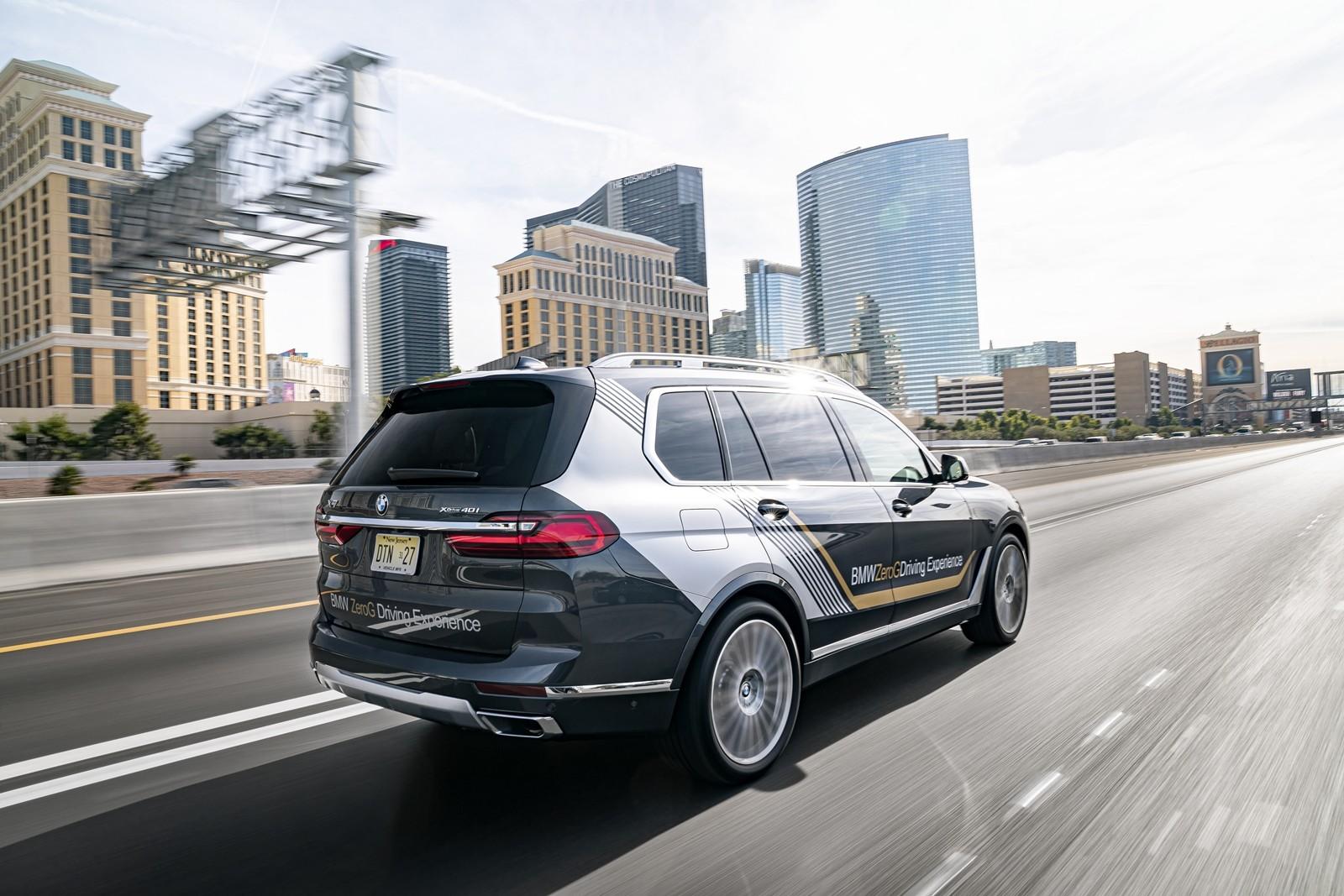 Foto de BMW X7 ZeroG Lounger 2020 (1/15)