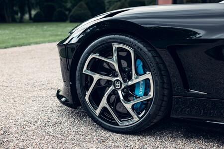 Bugatti La Voiture Noire 012