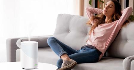 Este humidificador de Vocolinc es compatible con Alexa y Google Assistant y así podemos controlarlo a distancia