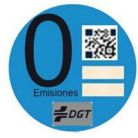 La DGT está enviando pegatinas distintivas a los dueños de coches eléctricos enchufables