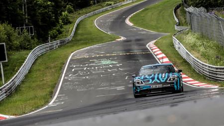 El Porsche Taycan ya tiene tiempo en Nürburgring: 7:42 minutos para el primer coche eléctrico de Porsche