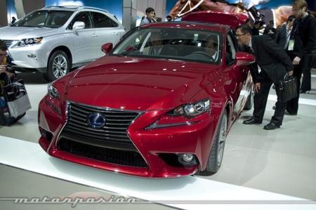 Lexus desvela en Detroit el IS300h, se venderá en Europa pero no en EE.UU.