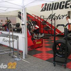 Foto 10 de 18 de la galería de-paseo-por-el-paddock-del-circuit en Motorpasion Moto