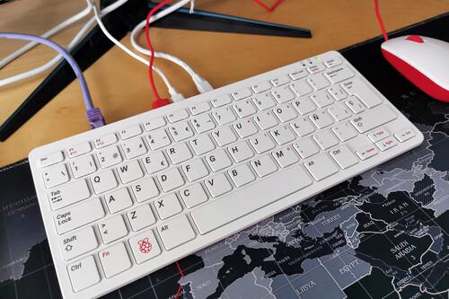 Raspberry Pi 400, análisis: un milagroso miniPC con el que trabajar, aprender y disfrutar por apenas 100 euros
