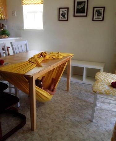 ¿Tienes una mesa? Entonces tienes una hamaca para los más pequeños