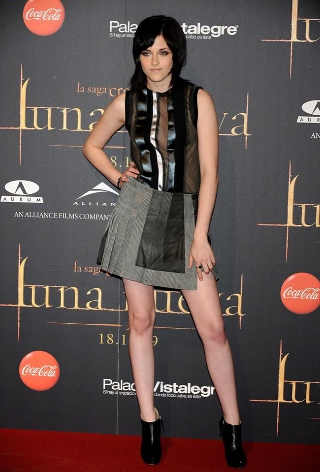 Foto de Kristen Stewart en la premiere de Crepúsculo: Luna Nueva en Madrid (4/10)