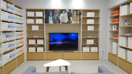 Xiaomi abre su tienda en Barcelona: un catálogo enorme que se amplía con los Redmi 5, 5 Plus, Mi TV y nuevos accesorios