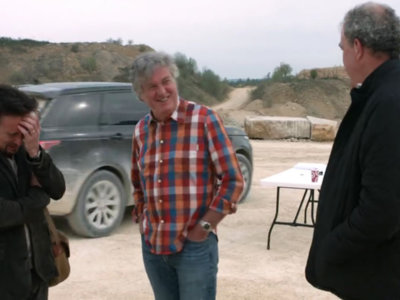 Clarkson, May y Hammond siguen rompiendo coches en su nuevo programa. Y por eso nos gusta