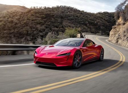 Así de alucinante es vivir el 0 a 100 km/h en 2.1 segundos del Tesla Roadster