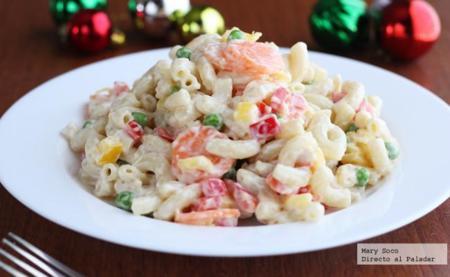 Ensalada navideña de pasta y pimientos. Receta