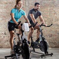 Cinco motivos por los que el spinning puede ser una opción excelente para bajar de peso